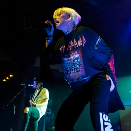 Tonight Alive | Photo by Kyle Macdonald